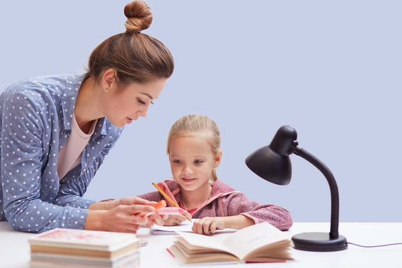 best kid desk lamps