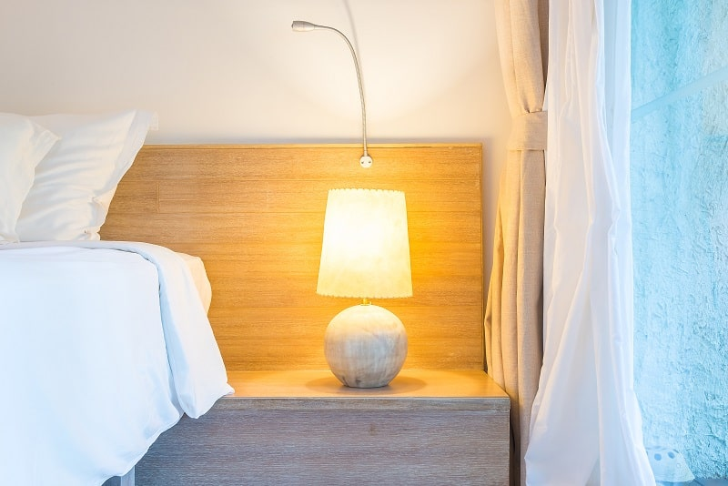 Best touch lamps for bedside tables